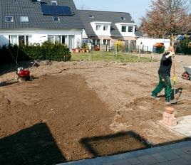 Der Klimawandel macht auch das möglich: Rollrasenverlegung Anfang Januar 2013!